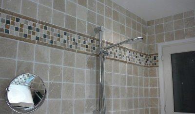 Pose de carrelage salle de bains à Aix-les-Bains - Aym Renov